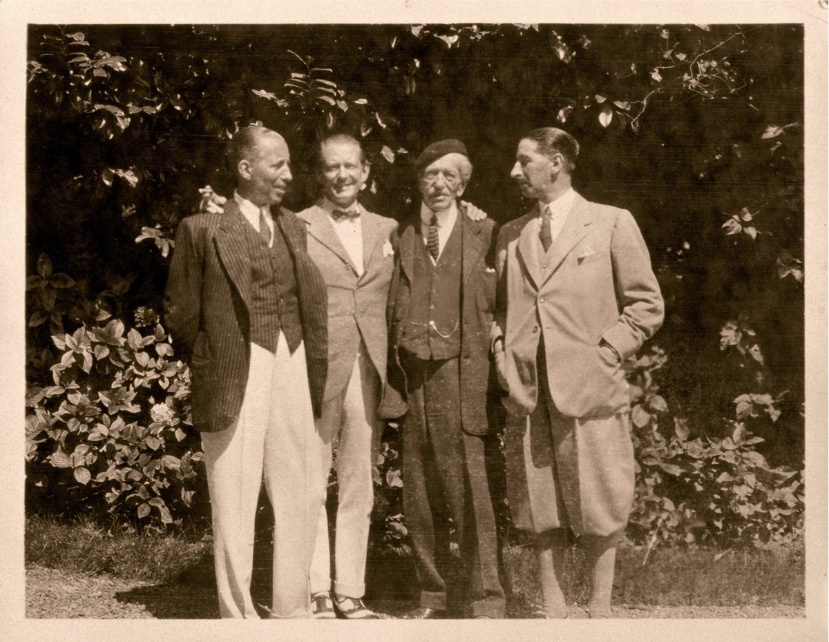 Louis Cartier with his sons Pierre, Alfred i Jacques (1922)