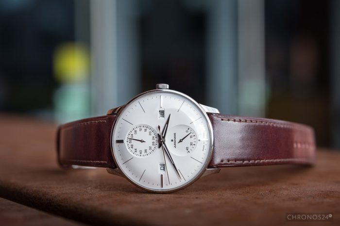 Review Junghans Meister Agenda [live pics, price]